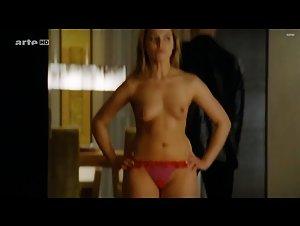 Karolina Lodyga  nackt